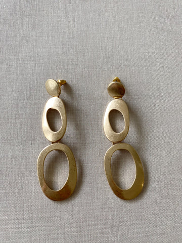 KAILA STATEMENT EARRINGS