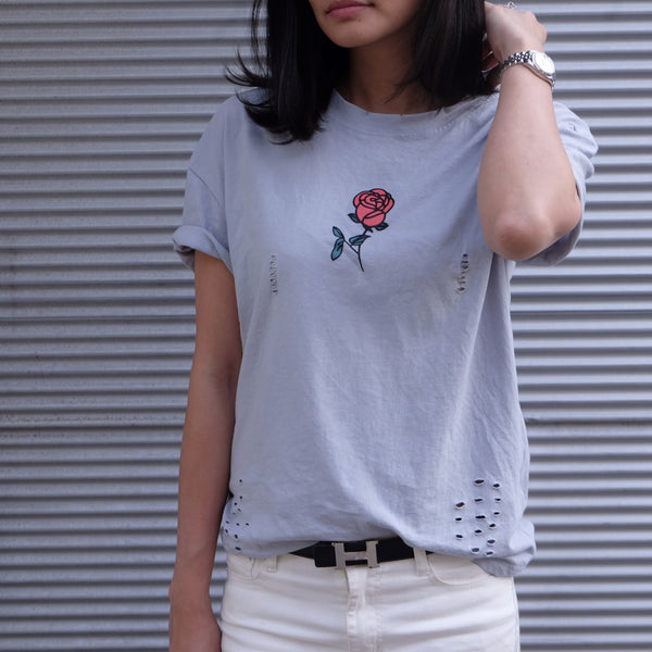 ROSE PRINT DISTRESSED T-SHIRT