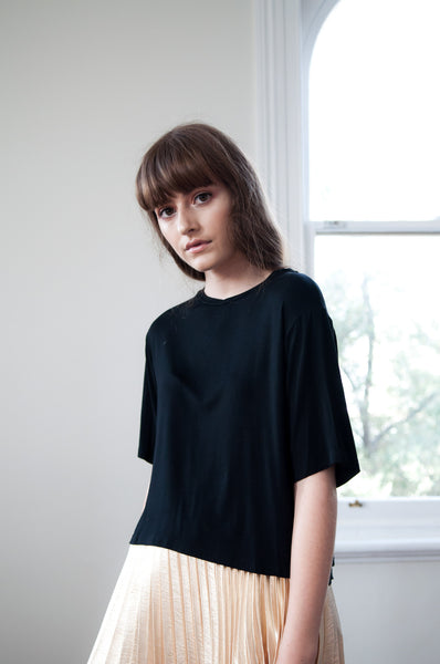 Dear Simple Black Crop Tee - HELLO PARRY Australian Fashion Label