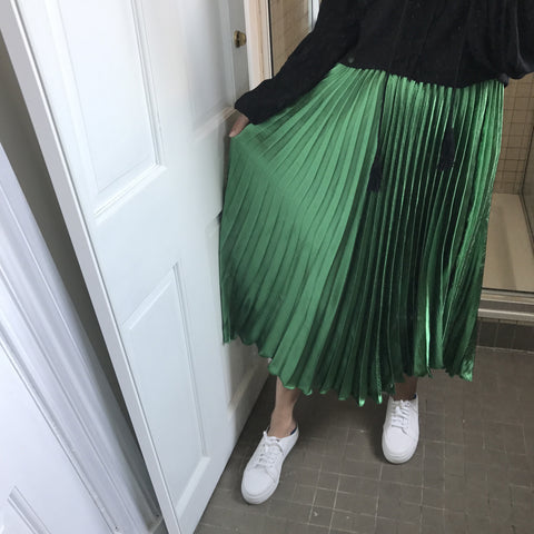 Grace Metallic Midi Pleated Skirt- Green