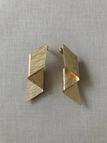HUNTER STATEMENT EARRINGS