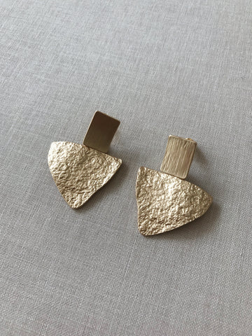 CASSIDY STATEMENT EARRINGS