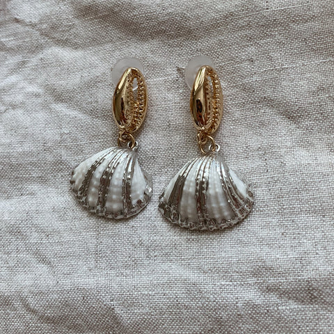 Nelly Shell Earrings