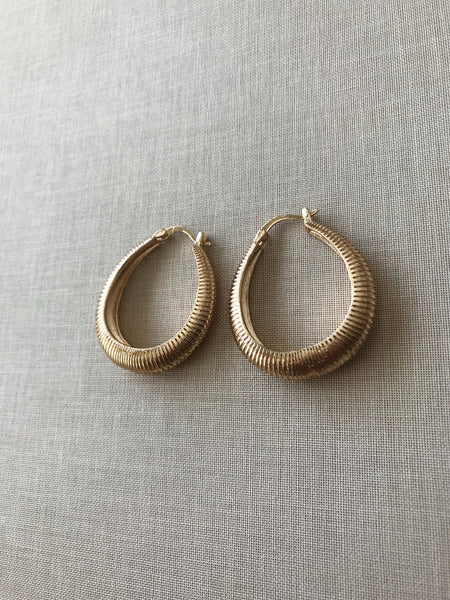 Sivan Textured Hoop Earrings