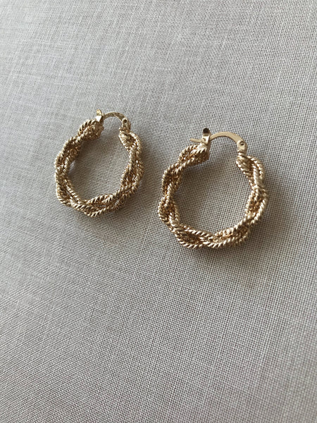 Kasia Twist Hoop Earrings