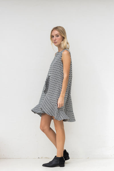 KATE FLUTED PRINT DRESS - AZTEC
