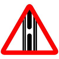 Reflective Gap In Median Traffic Cautionary Warning Sign Board