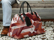 Load image into Gallery viewer, Men's Carpet Bag<br>Geometric Coral