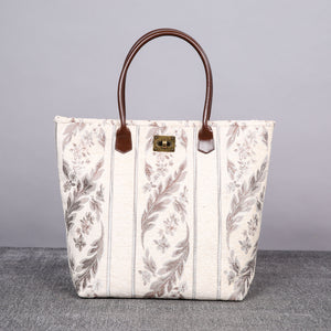 Carpet Tote<br>Victorian Stripes Cream