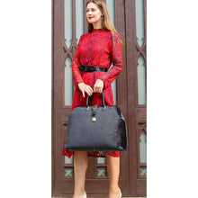 Load image into Gallery viewer, Mary Poppins Carpet Bag<br>Black