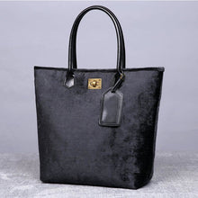 Load image into Gallery viewer, Carpet Tote<br>Black