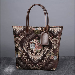 Carpet Tote<br>Floral Coffee