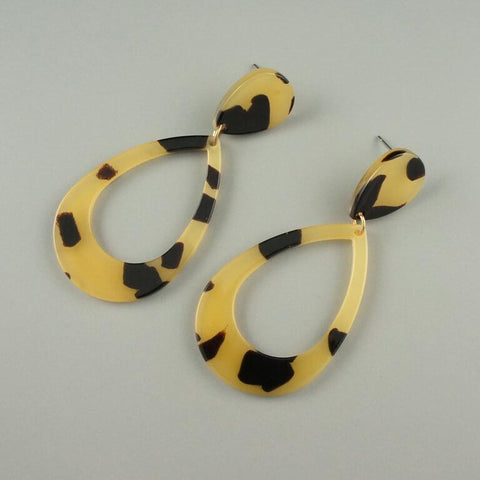 Alice – Leopard Print Earrings