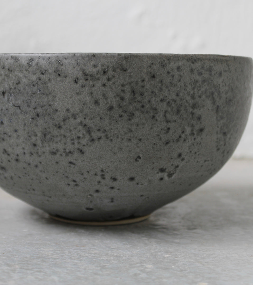 '#60' Deep Karahi Pot Shaped Bowl <br>Grey Glaze