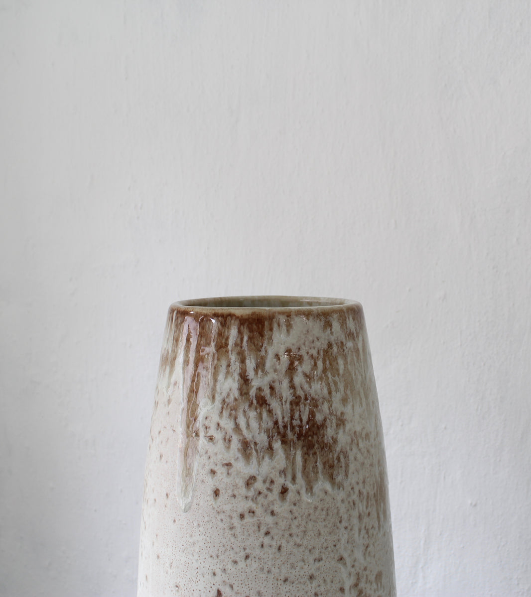Very Large Slender Floor Vase <br> White & Mauve Glaze