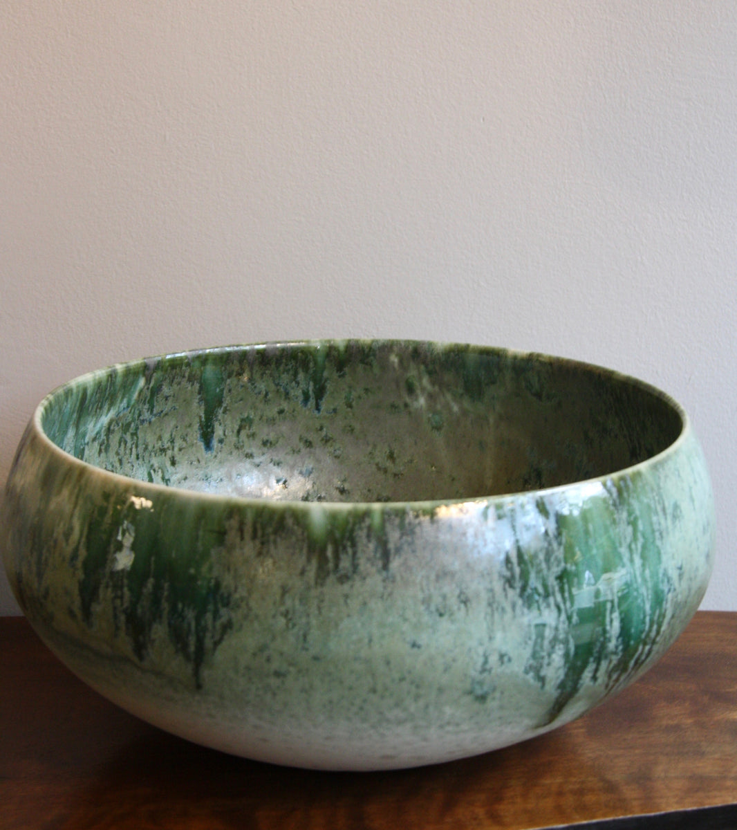 Large Cauldron Shaped Bowl <br> White & Green Glaze