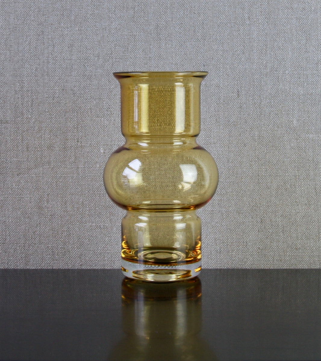 "Model 1520 ""Tuulikki"" (Little Wind) Vase in Amber  by Tamara Aladin, 1971"