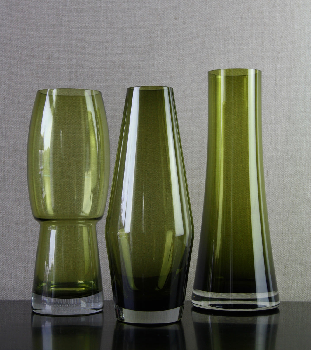 Olive Green 'Tapered' Large Vase<br> Tamara Aladin, C. 1965