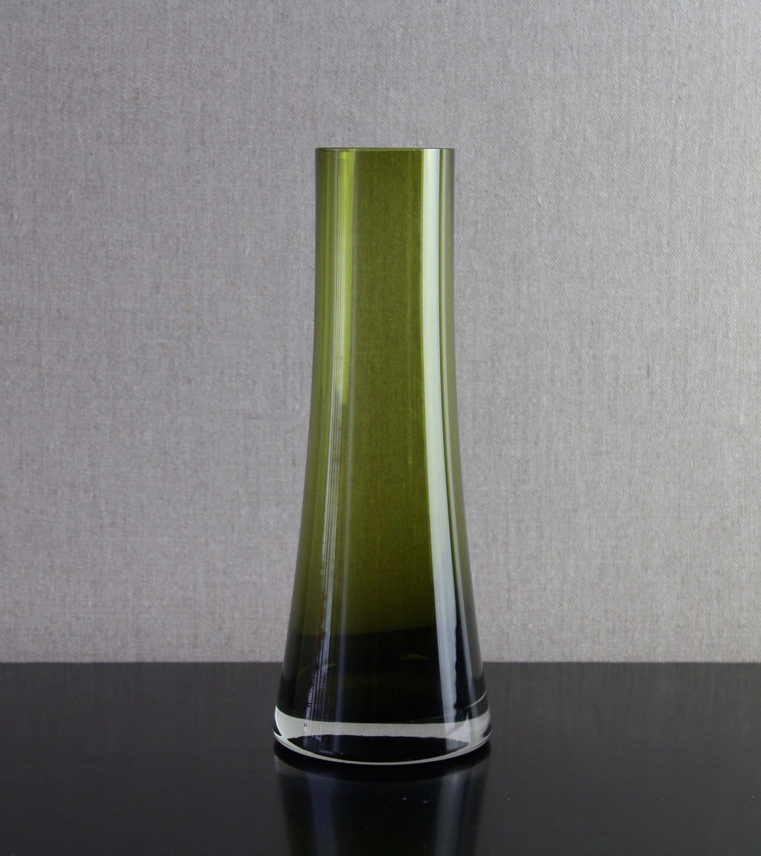 Olive Green Model 1368 Vase by Tamara Aladin, C. 1970