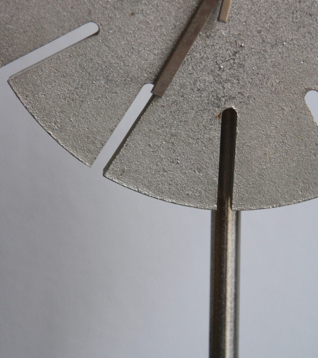 Cast Nickel Table Clock Carl Auböck - Image 8