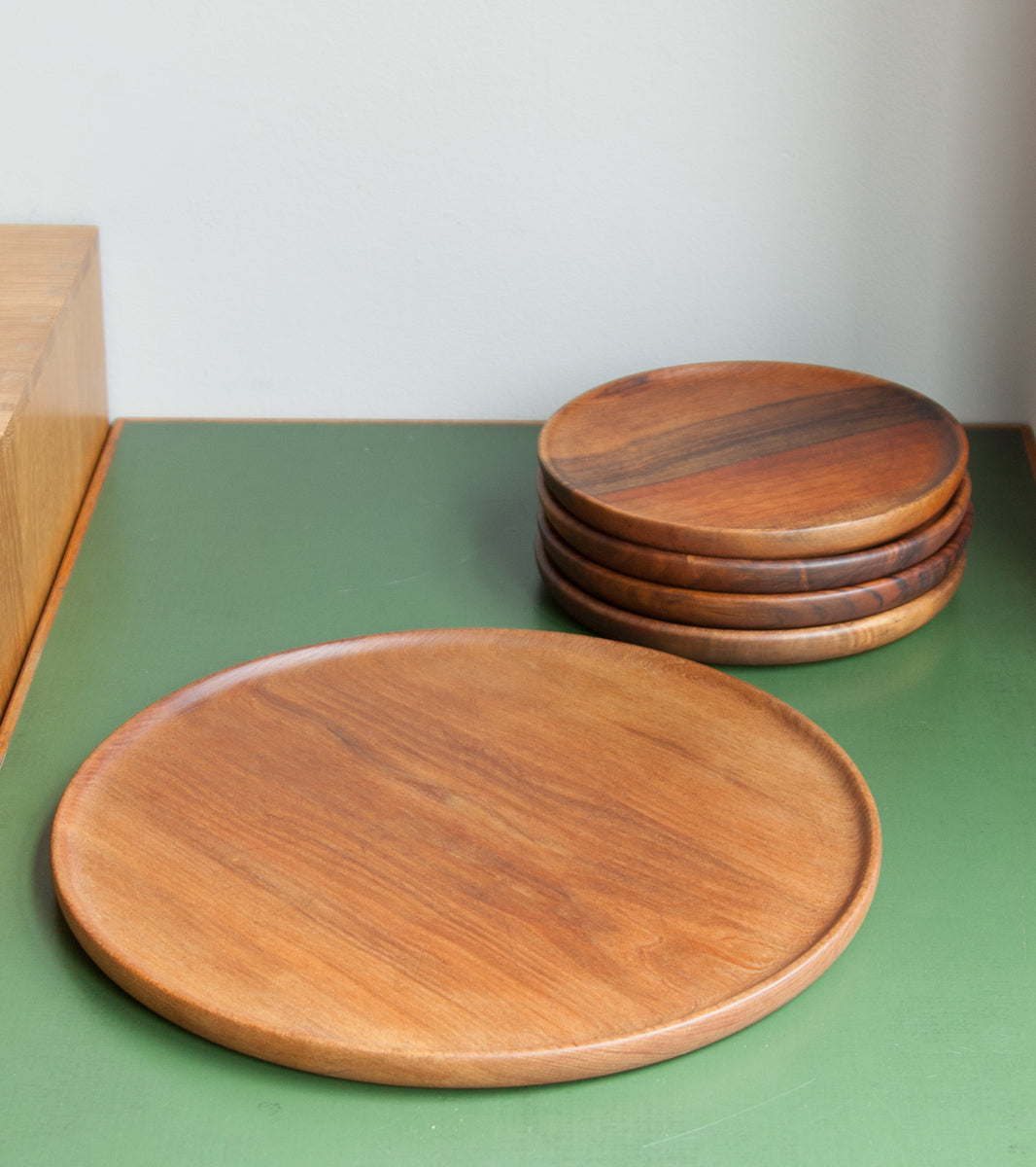 Soft Wooden Circular Rimmed Tray Carl Auböck - Image 10