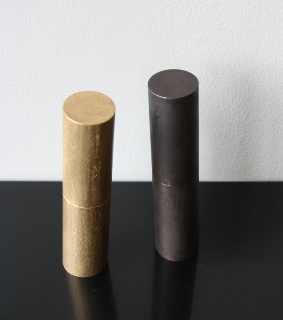 Round Italic Mill - Filed Brass Michael Anastassiades & Carl Auböck  - Image 11