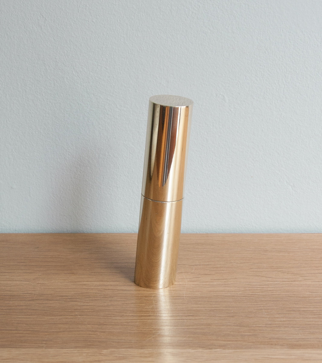 Original Inventive Italic Mill - Polished Brass Michael Anastassiades & Carl Auböck  - Image 2