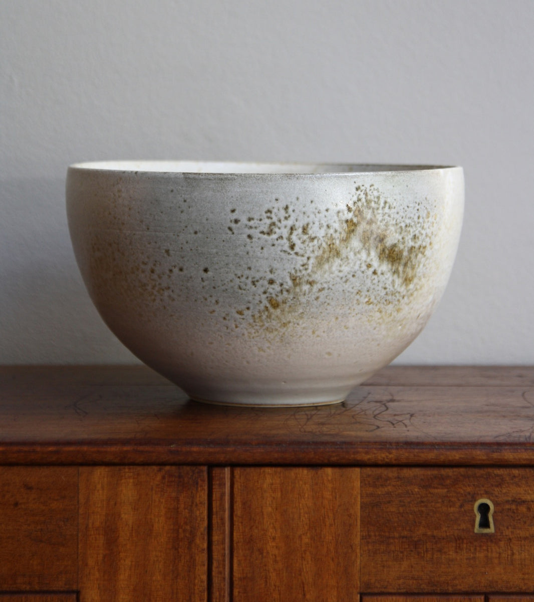 Large Deep Bowl 12White and Brown Glaze Kasper Würtz - Image 3