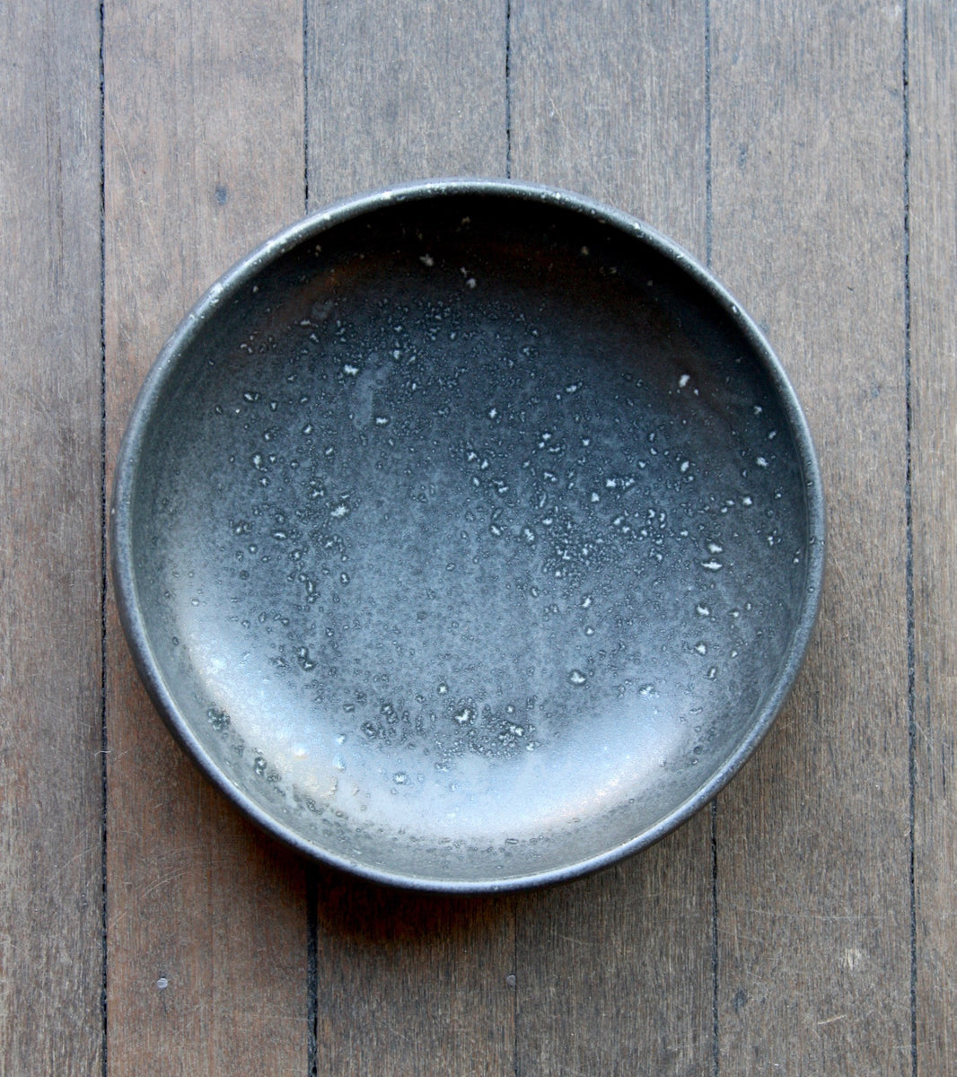Large Shallow Bowl 13Black & White Glaze Kasper Würtz - Image 4
