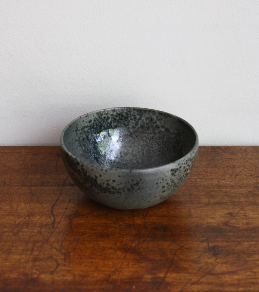 Medium Deep Bowl 10Black Glaze Kasper Würtz - Image 1