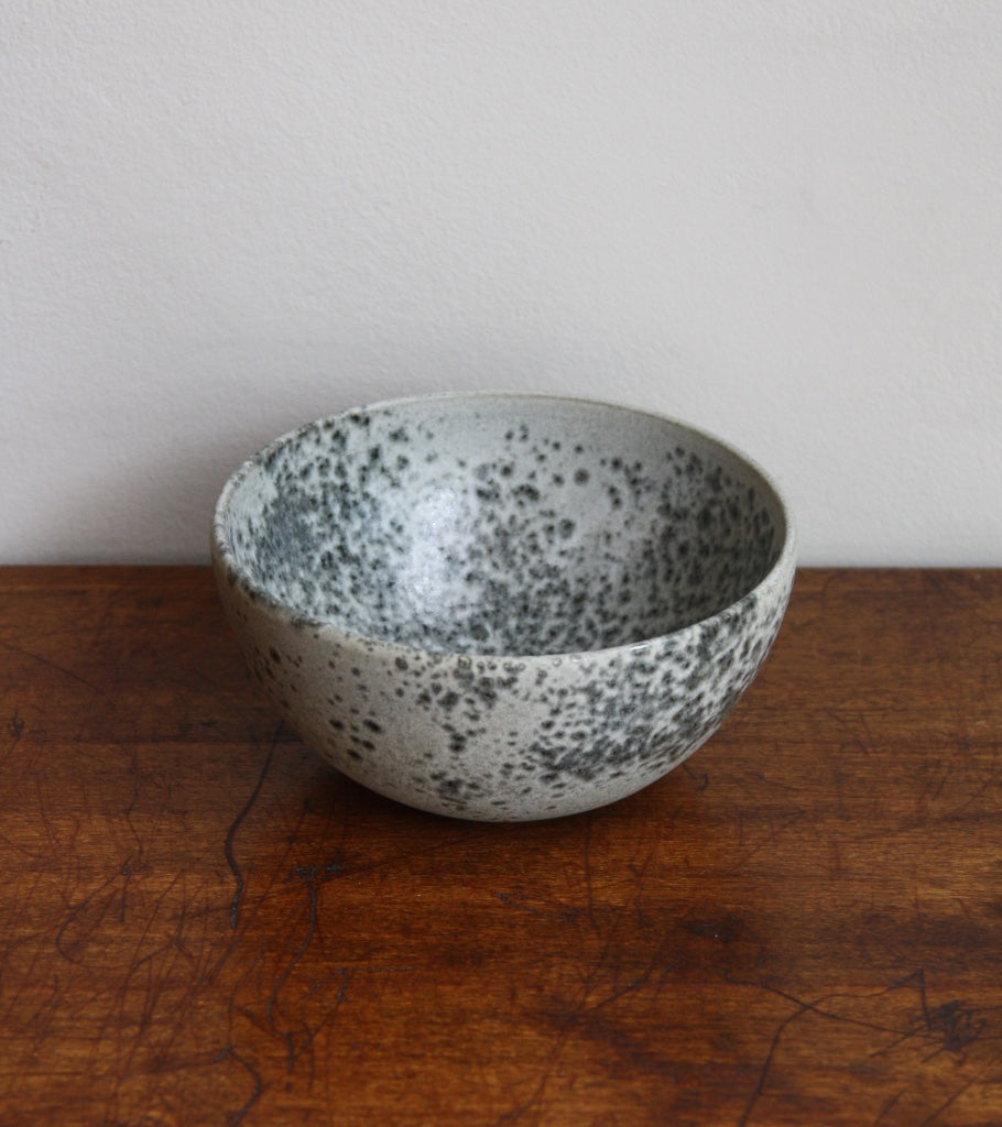 Medium Deep Bowl 10Grey Glaze Kasper Würtz - Image 1