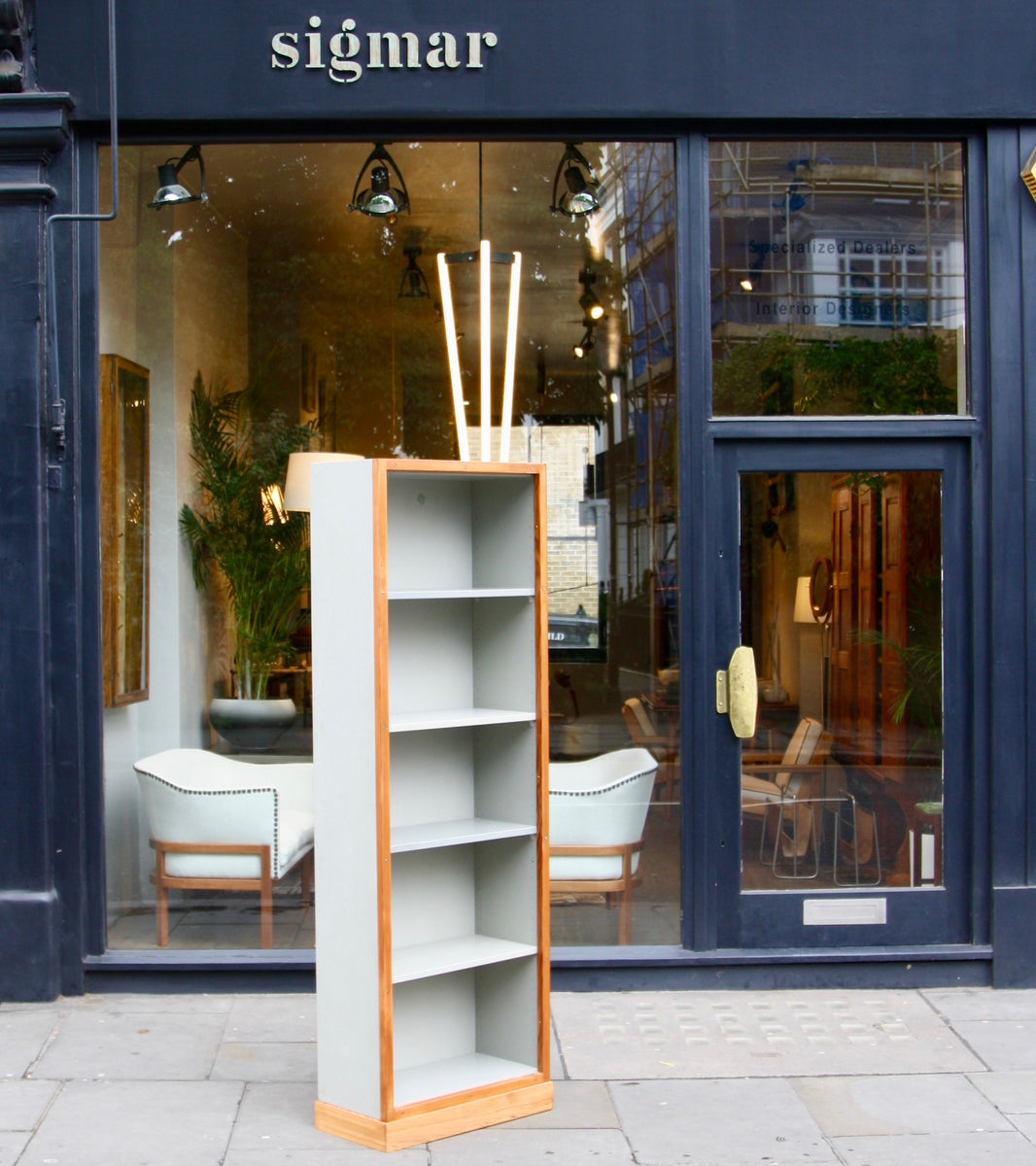 Narrow Bookcase #2 Børge Mogensen & Grete Meyer - made in denmark Quality Danish Modern Beautiful Handmade Danish Design Architect Designed Simple Built for the future Storage original