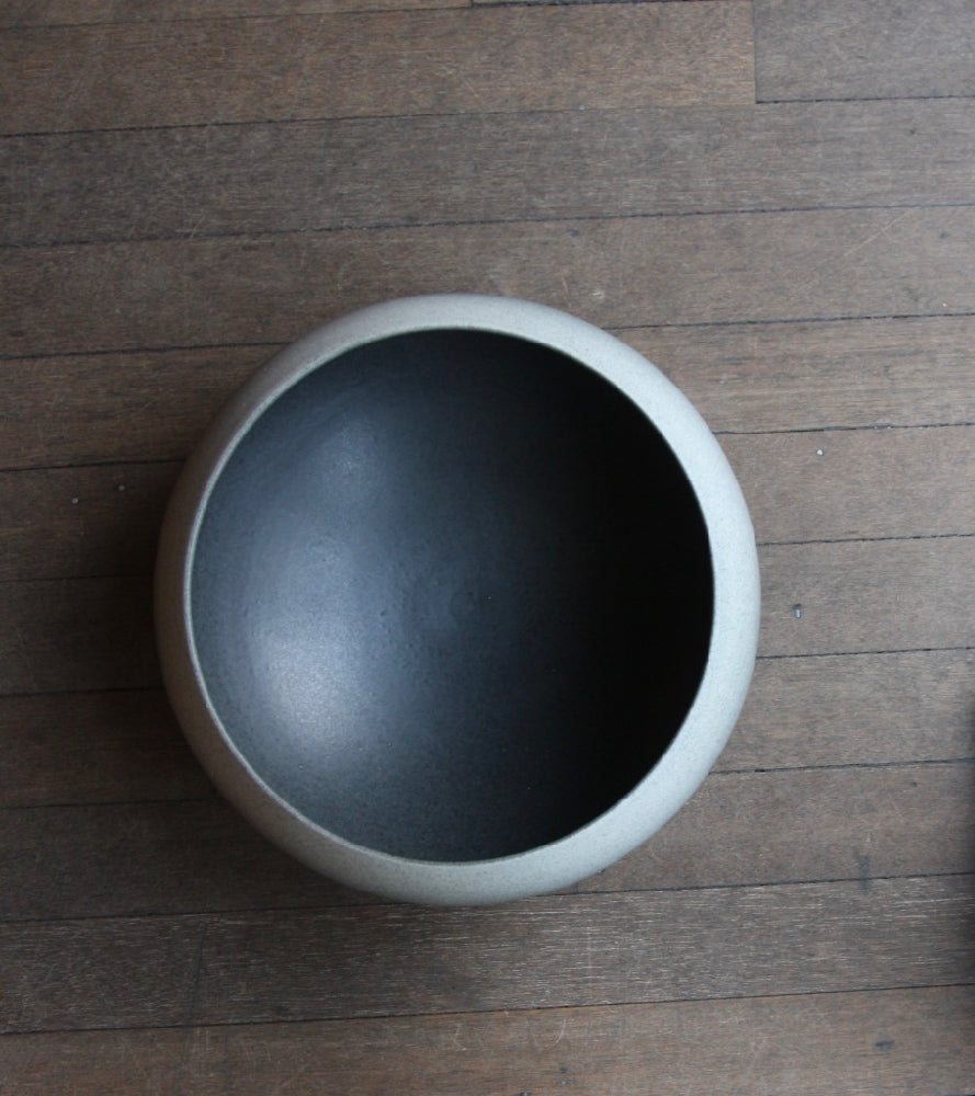 Onion Shaped Planter Gradient Grey Glaze #2  Kasper Würtz - Image 9