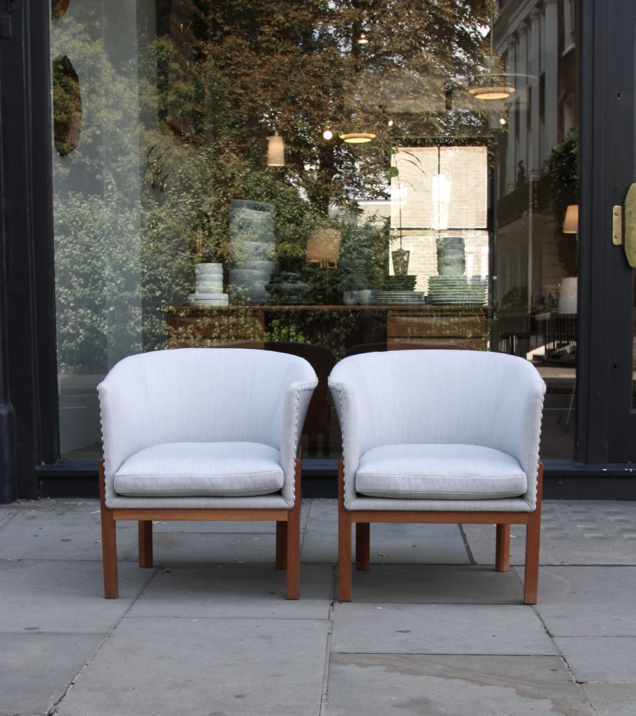 Pair of MK51 Easy Chairs Mogens Koch - Image 3