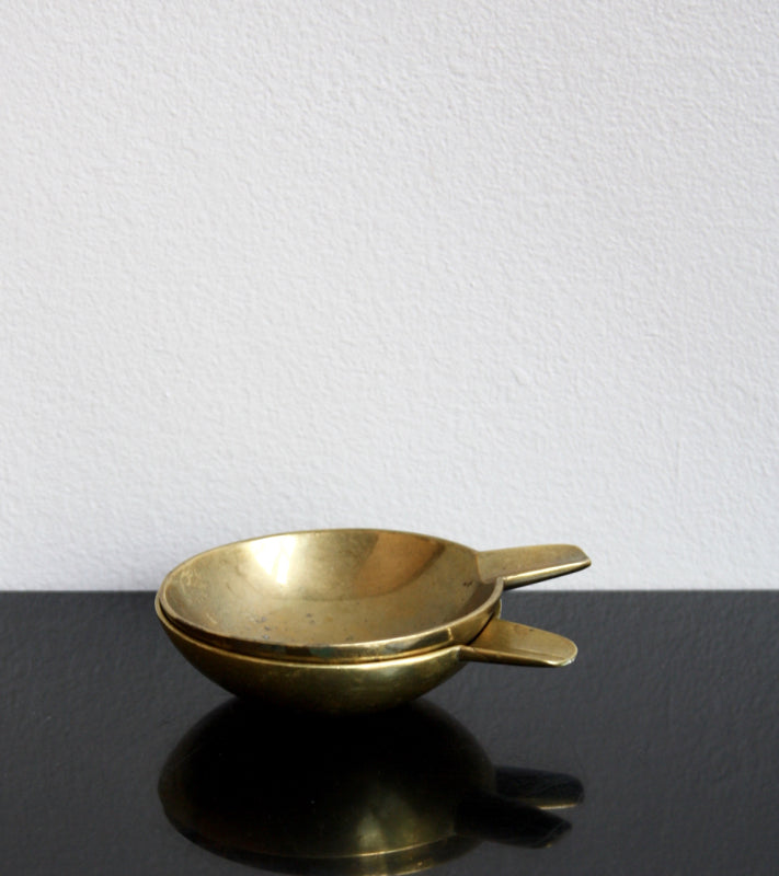Pair of Small Brass Ashtrays Carl Auböck  - Image 6
