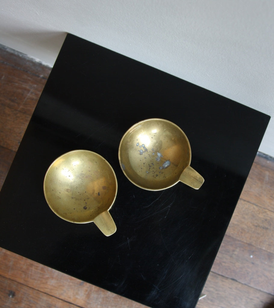 Pair of Small Brass Ashtrays Carl Auböck  - Image 7