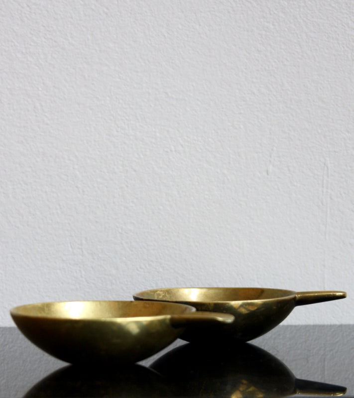 Pair of Small Brass Ashtrays Carl Auböck  - Image 8