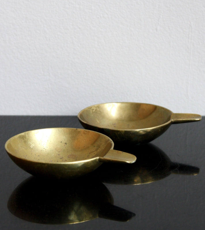 Pair of Small Brass Ashtrays Carl Auböck  - Image 9
