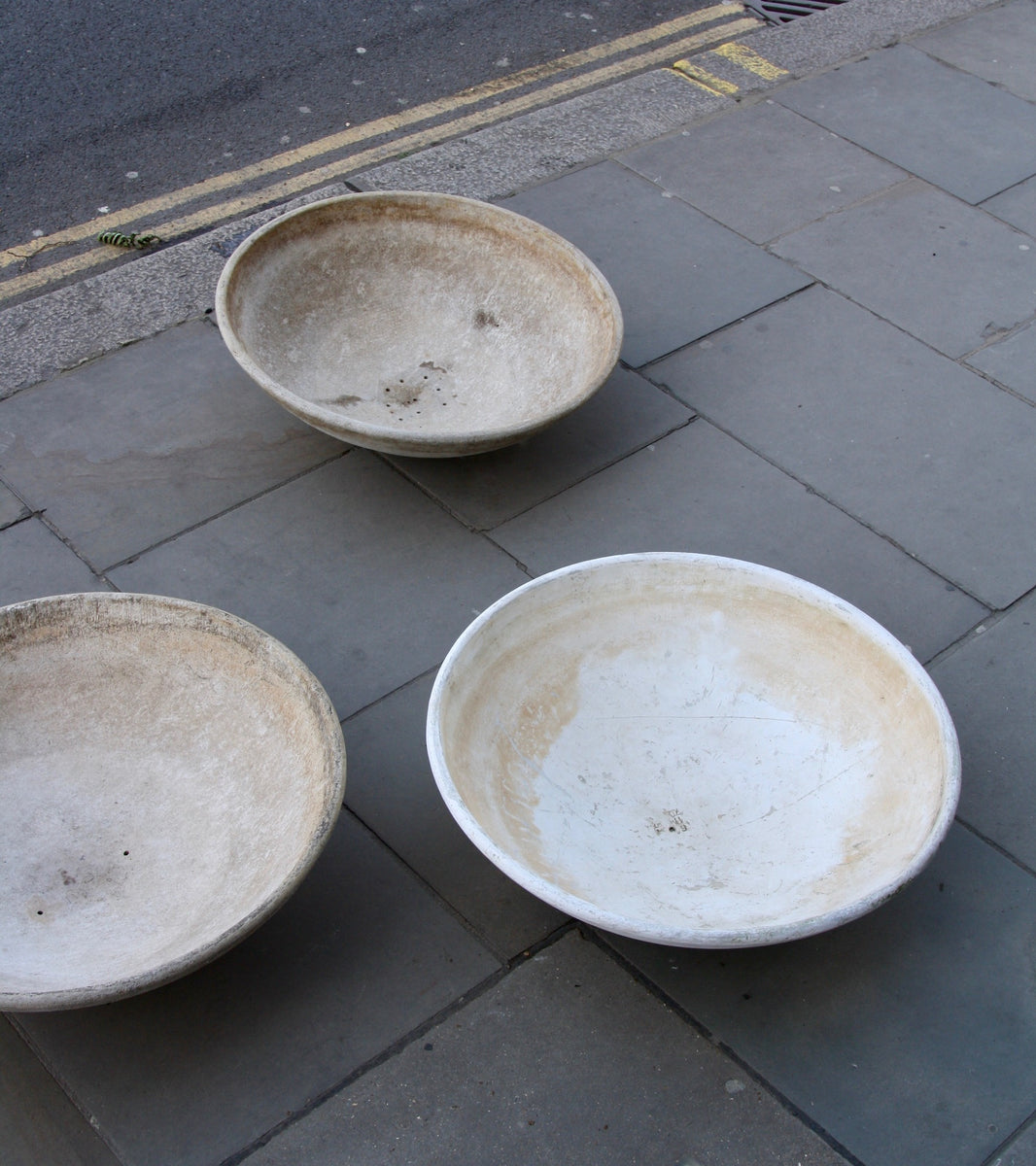 Trio of Modernist Planters Willy Guhl - Image 10