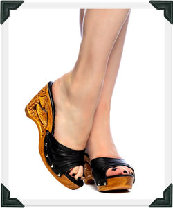 Souvenir - Black Leather Strap - luckyloushoes