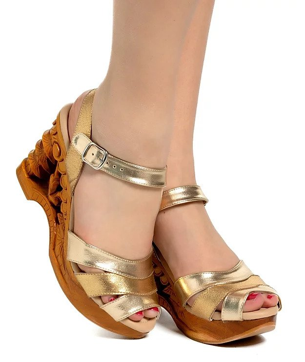 Pagoda Wedge - Gilda Gold Metallic Strap - luckyloushoes