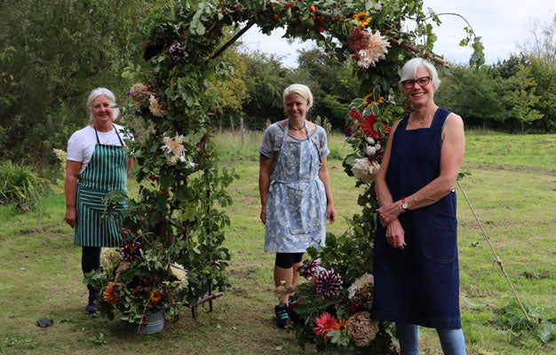 workshops at common farm flowers