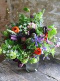 A summer of flowers from Somerset eco florist and sustainable flower farmer Common Farm Flowers. Six beautiful, seasonal, sustainable bouquets. One each month from April to September with flowers all grown in Somerset. Treat yourself or gift to others. UK delivery.