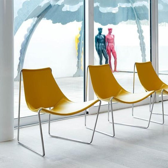 Apelle AT M CU Lounge Chair