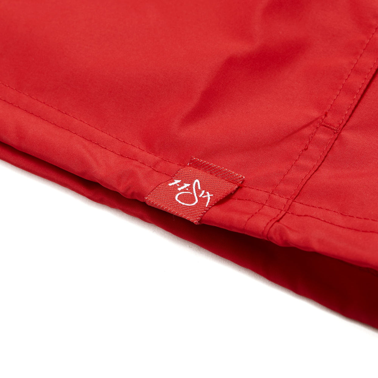 116 x Champion Red Label Anorak - Red