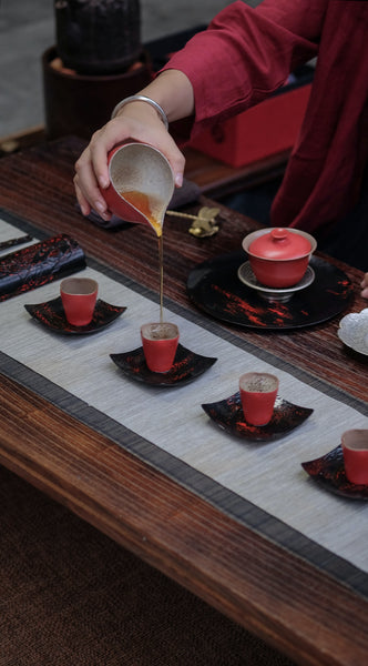 Serve tea from a pitcher, tea ceremony