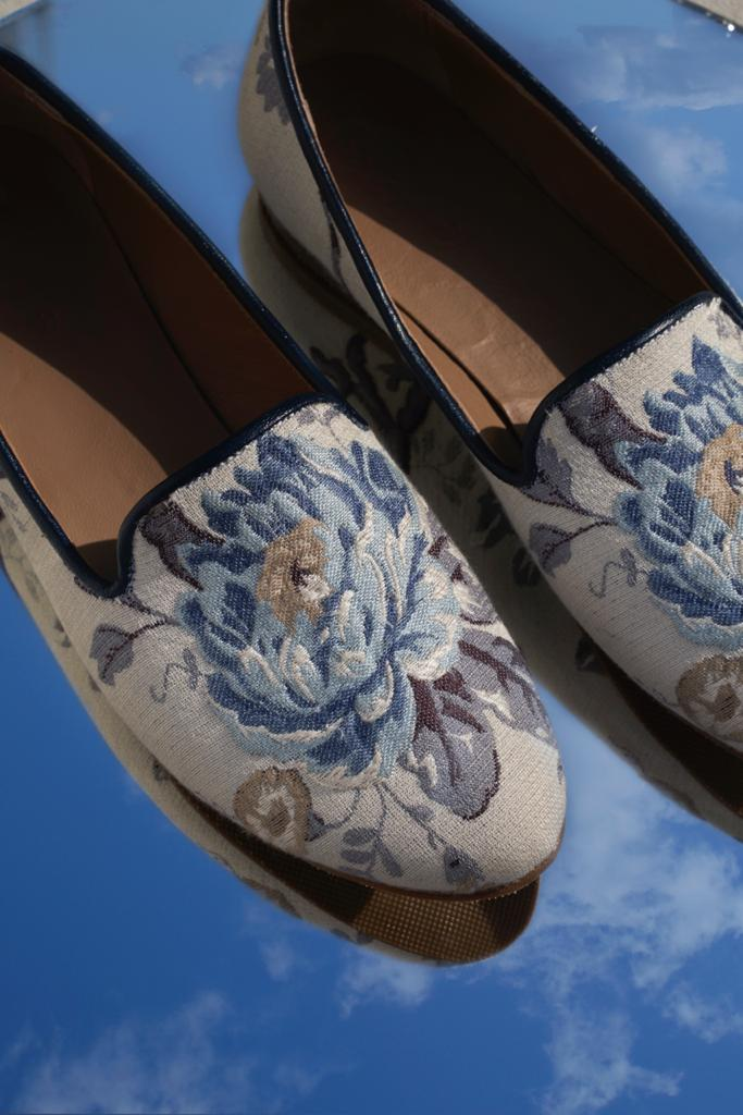 Blue Flower Smoking Slippers