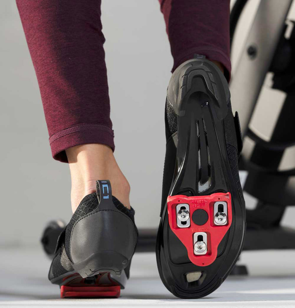 Shimano IC100 Indoor Cycling Shoe with Look Delta Cleats