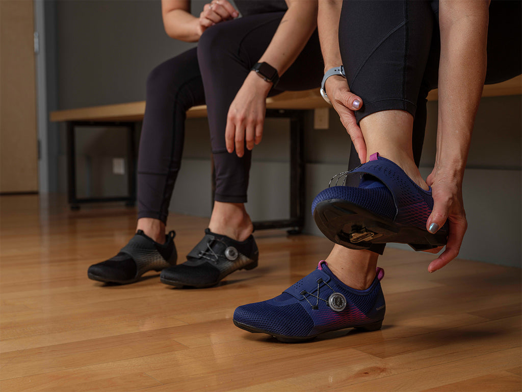 Putting on Shimano Indoor Cycling's Women's IC500 Indoor cycling shoe