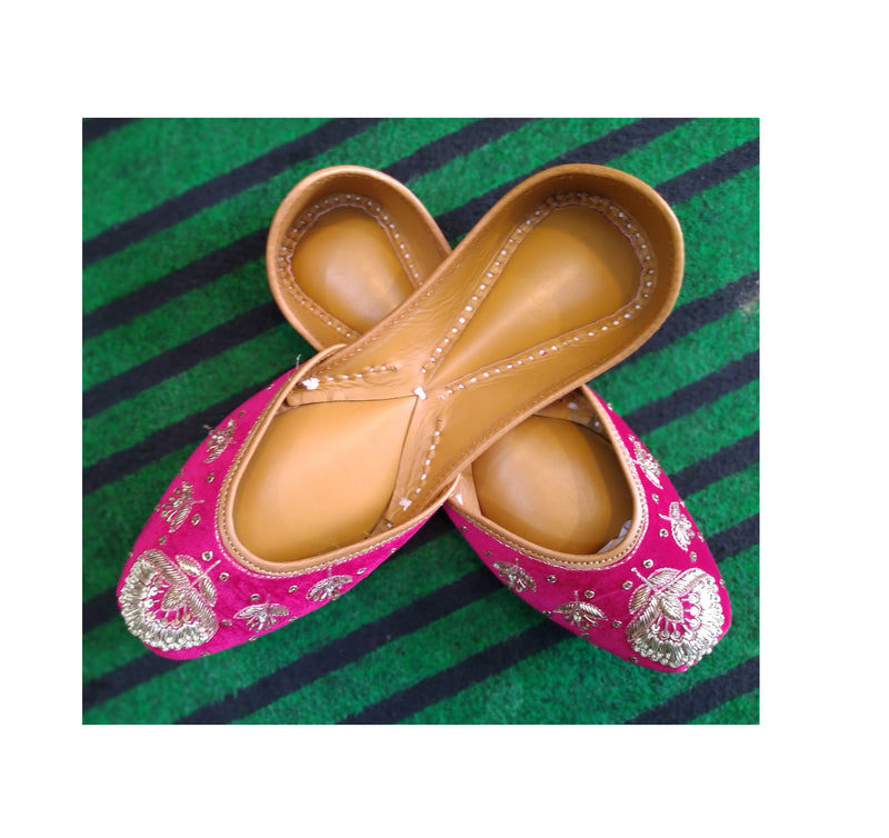 Ladies Handmade Multi Mirror Work Punjabi Jutti